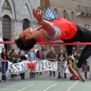 L'High Jump Contest riscalda Piazza del Campo
