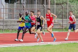 Duccio Pecciarelli nei 1500m - Foto Michele Fortunato/Trackarena.com